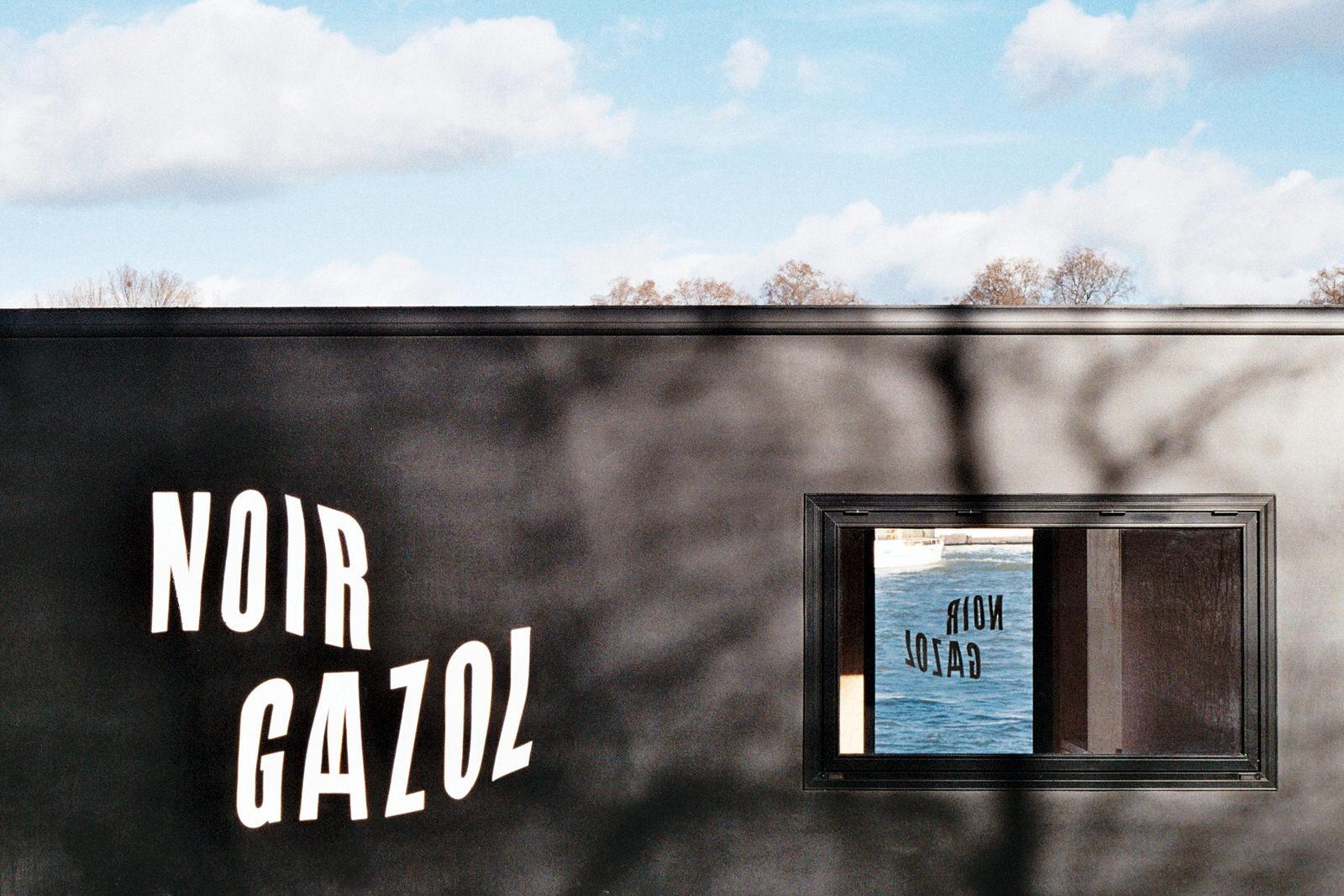 Noir Gaazol